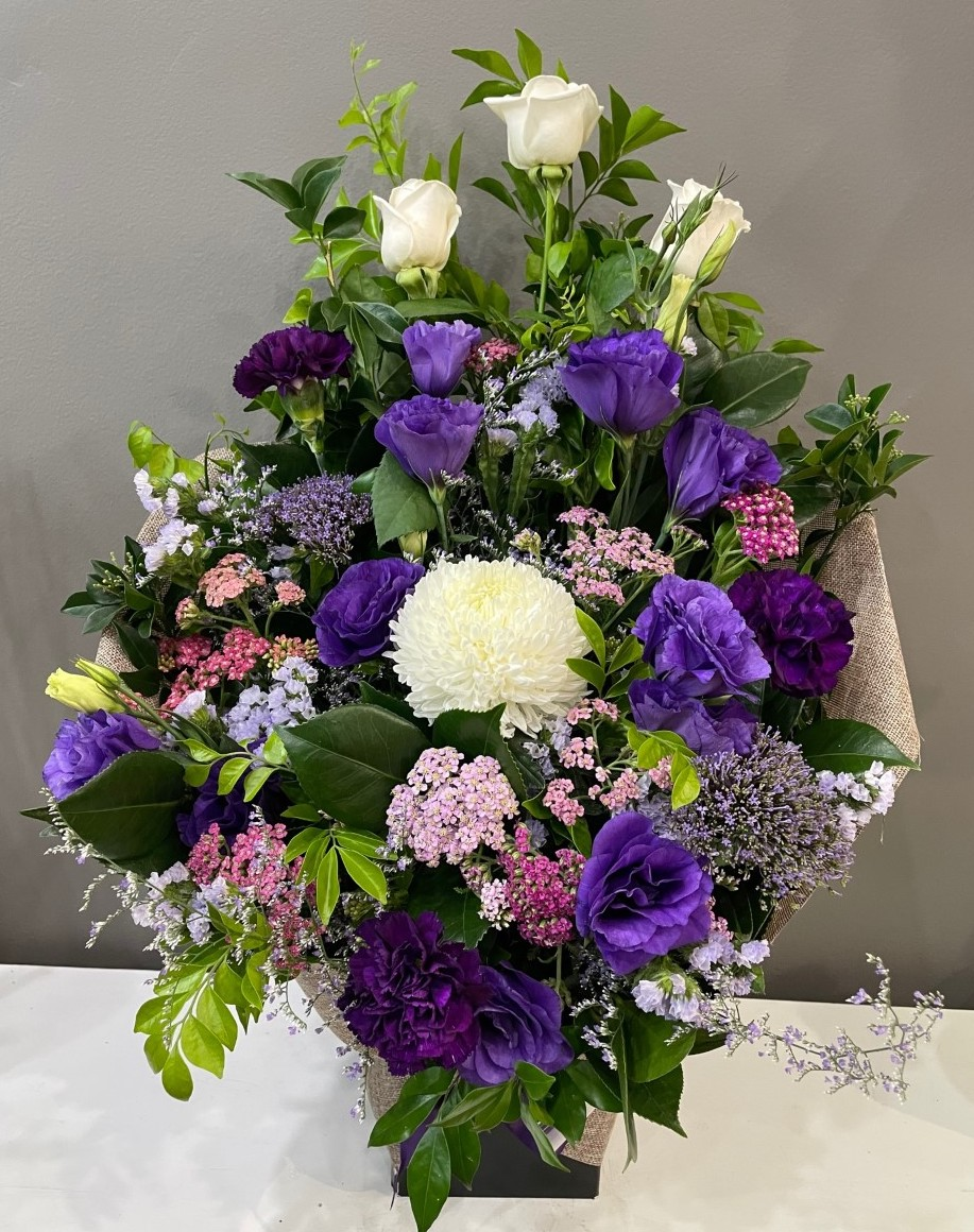 PURPLE HESSIAN ARRANGEMENT