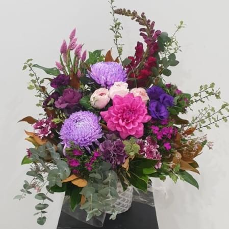 grandiose purple Arrangement