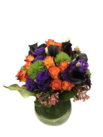 Bright posy vase arrangement