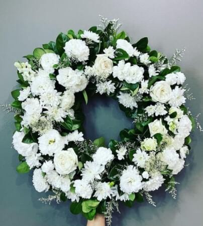 FUNERAL WHITE WREATH